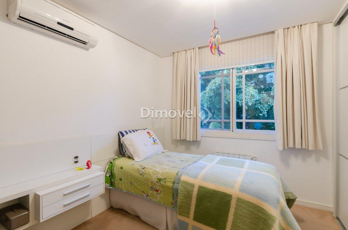 017 - Dormitório