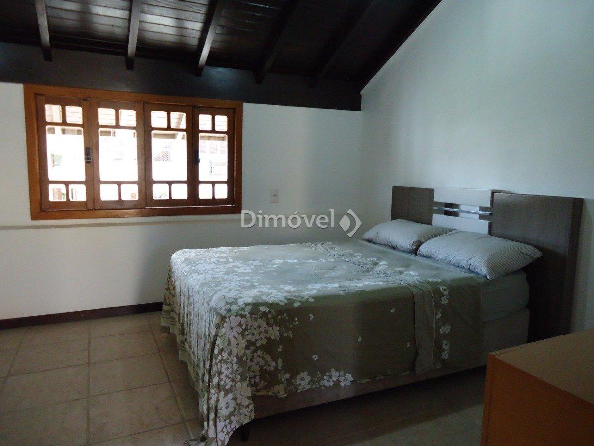 011 - Dormitório - Sótão