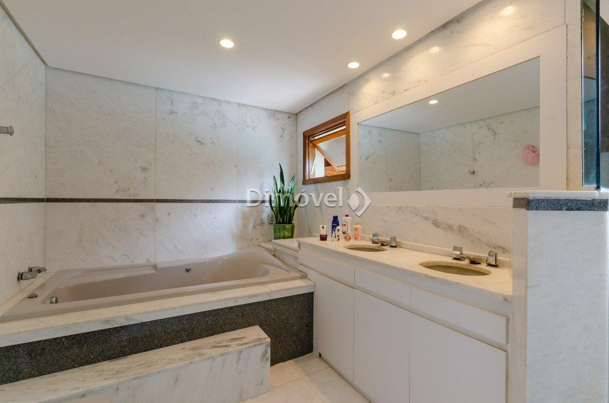 018 - Banheiro Suite Master