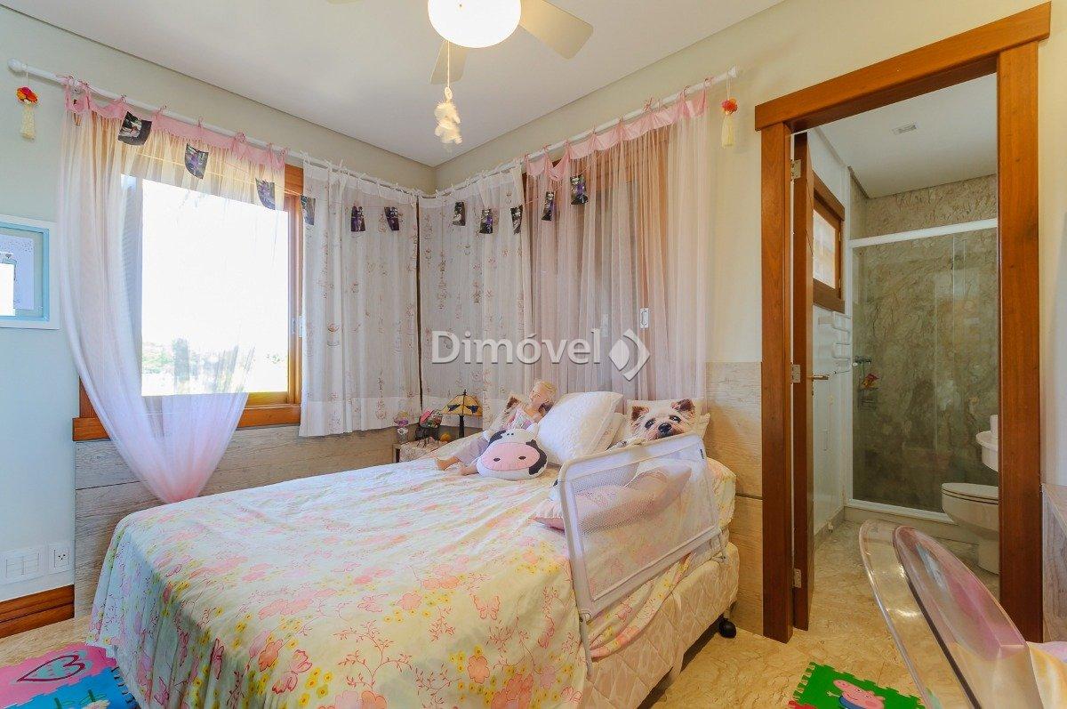 018 -  Suite 03
