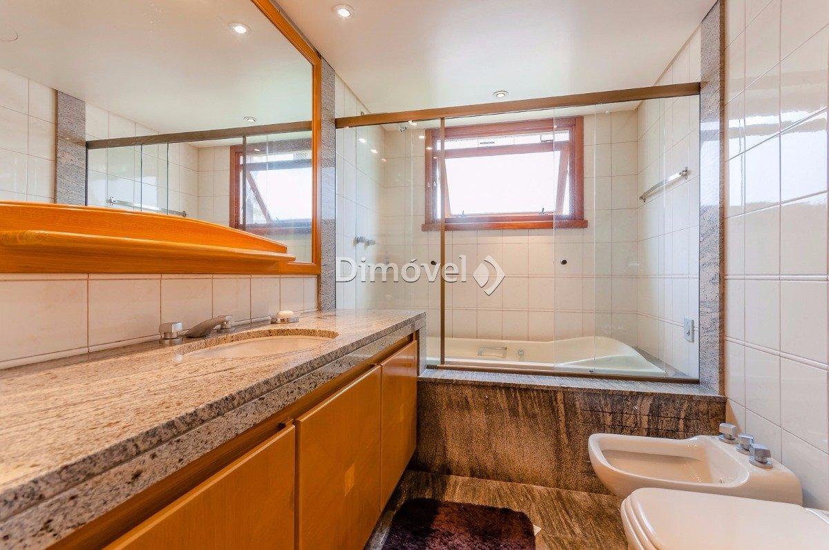 019 - Banheiro  Suite