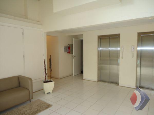 002 - Hall de entrada do prédio