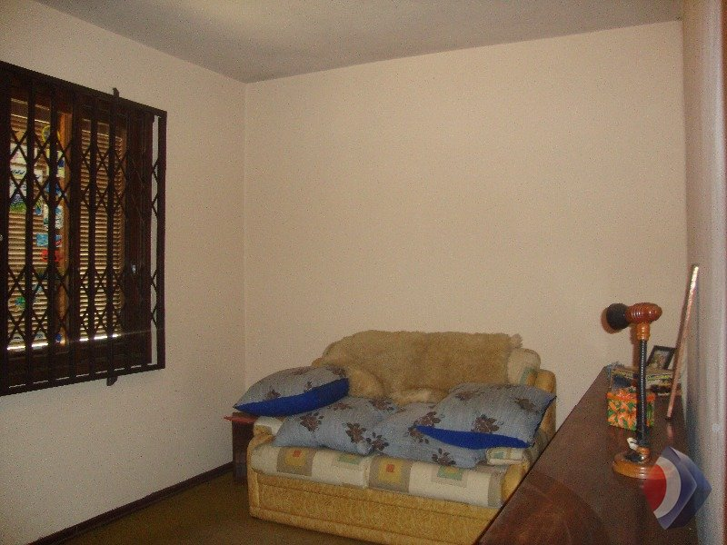 015 - Dormitório solteiro