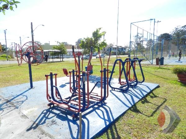 012 - Praça e Fitness externo