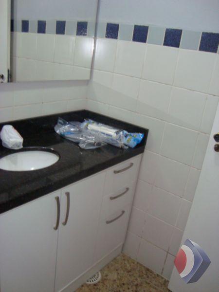 015 - Banheiro - Salão de Festas