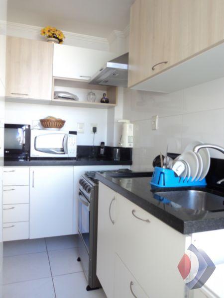 006- Cozinha e área de serviço fechada