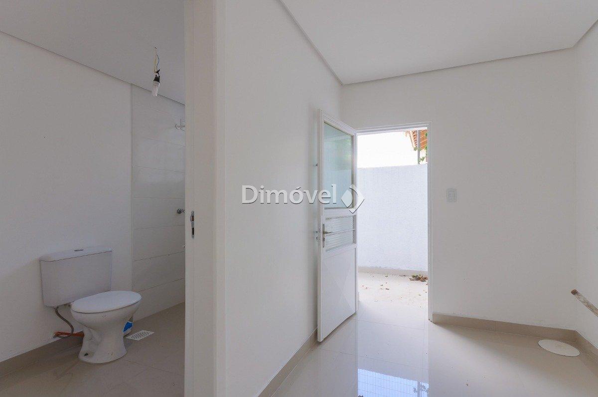 016 - Lavanderia e Banheiro auxiliar