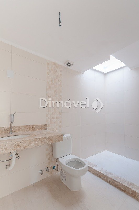012 - Banheiro Social