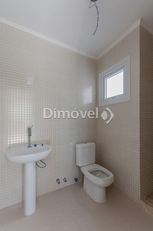 021 - Banheiro - Terceiro Pavimento