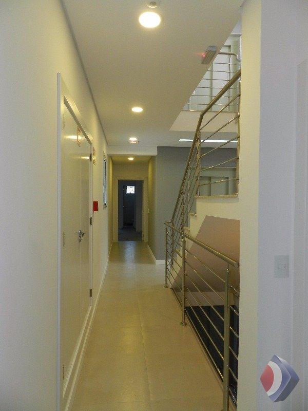 011 - prédio com elevador
