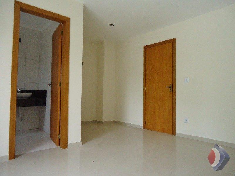 012 - Suite (espaço para closet)