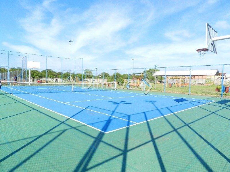 024 - Quadra de tênis