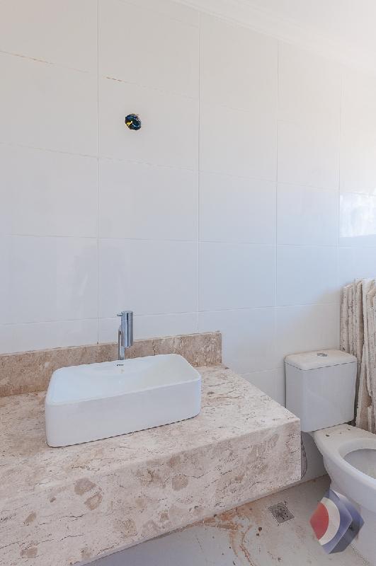 022 - Banheiro social