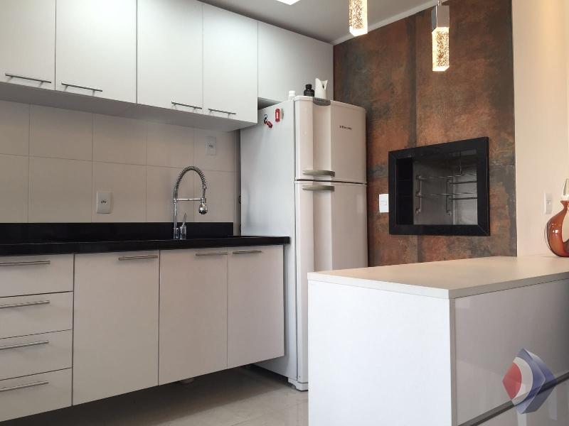 006 - Cozinha e churasqueira