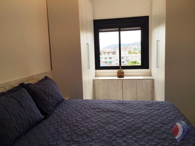 009 - Dormitório do casal