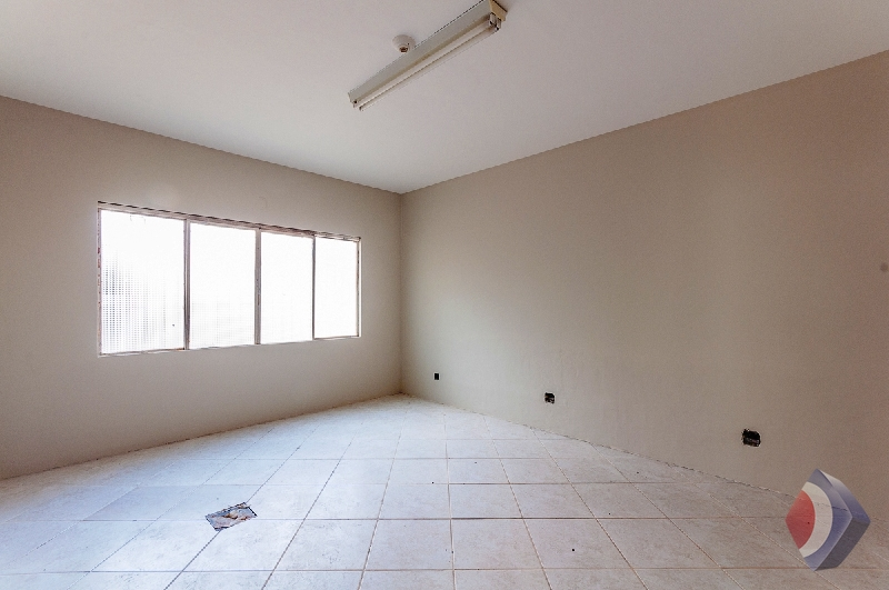 006 - Salas -  Casa Comercial