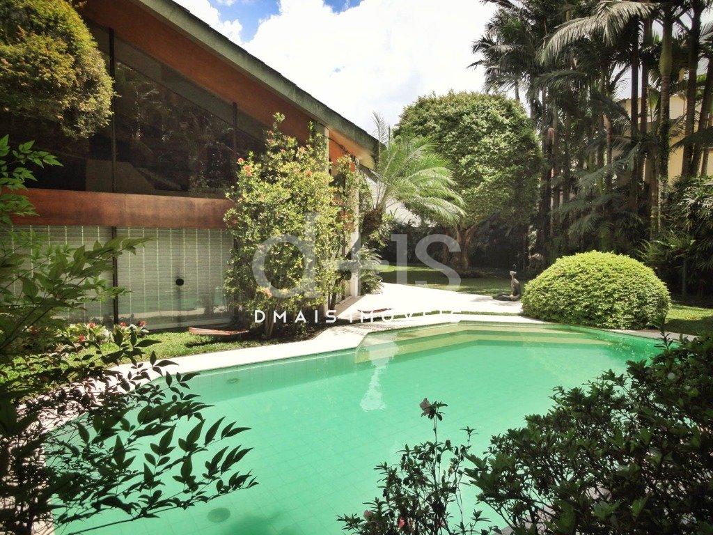 Piscina e Jardim de Casa no Jardim América