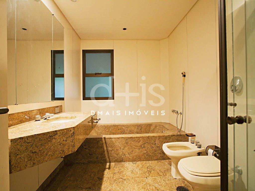 Banheiro de Suite no Jardim América