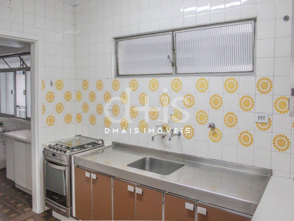 Cozinha de apartamento no Jardim América