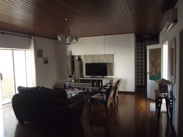Casa Isolada - Casa 3 Dorm, Azenha, Porto Alegre (100146) - Foto 2