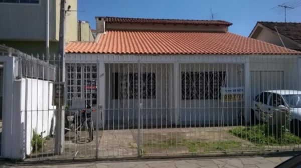 Casa - Casa 3 Dorm, Passo da Areia, Porto Alegre (100620)