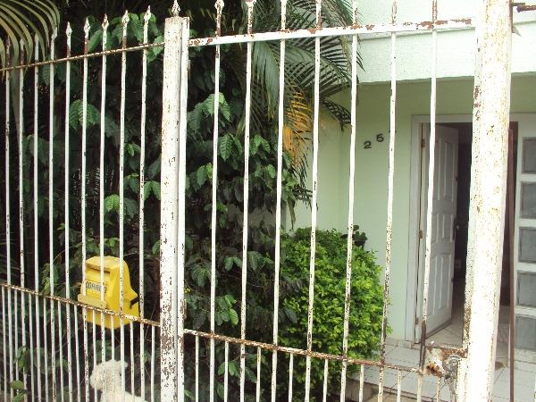 Ducati Imóveis - Casa 3 Dorm, Cavalhada (101027)