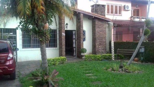 Residência - Casa 4 Dorm, Cavalhada, Porto Alegre (103049)