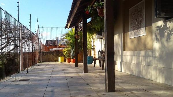 Conjunto Residencial Medianeira - Casa 4 Dorm, Santa Tereza (103182) - Foto 5