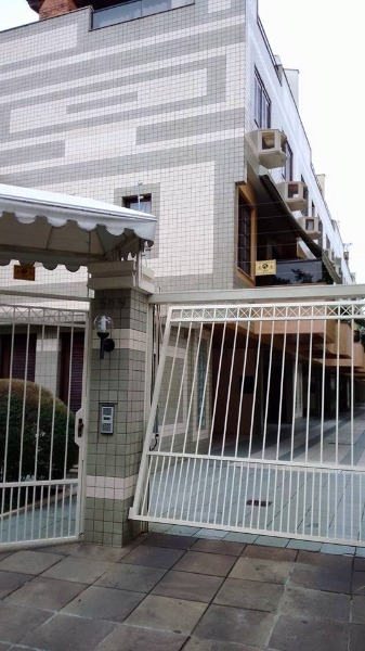 Condominio Residencial Manhattan - Casa 3 Dorm, Menino Deus (103489)