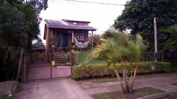Ducati Imóveis - Casa 2 Dorm, Lami, Porto Alegre - Foto 4