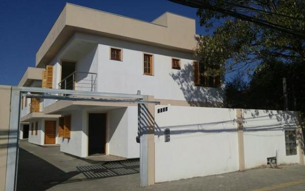 Sobrado em Condomínio - Casa 3 Dorm, Niterói, Canoas (104265)