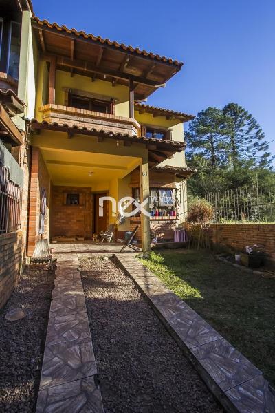 Ducati Imóveis - Casa 3 Dorm, Hípica, Porto Alegre