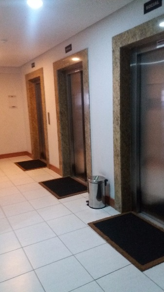 Residêncial Ubano - Apto 2 Dorm, Azenha, Porto Alegre (106652) - Foto 10