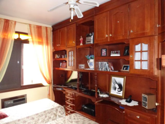 Casa 5 Dorm, Sarandi, Porto Alegre (49099) - Foto 12