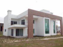 Villaggio Atlântida - Casa 4 Dorm, Centro, Xangri-lá (57631)