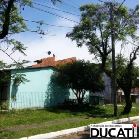 Ducati Imóveis - Casa 4 Dorm, Harmonia, Canoas