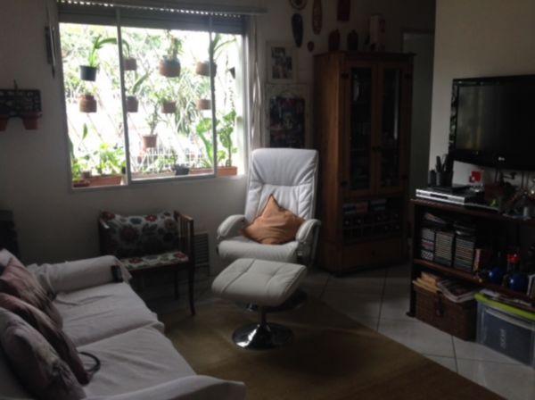 Condomínio Monte Belo - Apto 2 Dorm, Santo Antônio, Porto Alegre - Foto 2