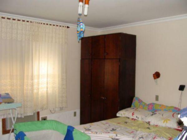 Residencial - Casa 2 Dorm, Coronel Aparício Borges, Porto Alegre - Foto 4