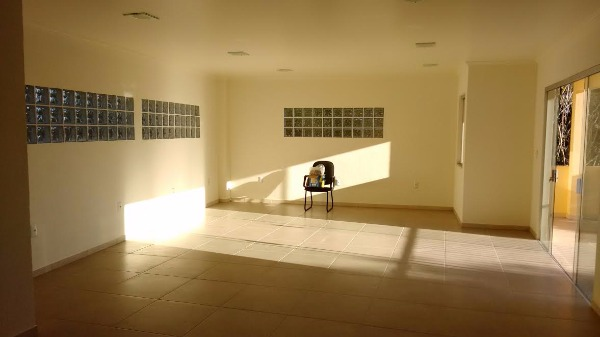 Ducati Imóveis - Casa 4 Dorm, Belém Novo (79182) - Foto 5