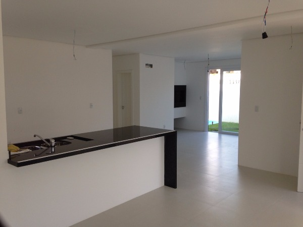 Casa 3 Dorm, Guarujá, Porto Alegre (80837)
