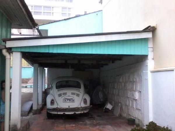 Terreno com Casa - Casa 3 Dorm, Chácara das Pedras, Porto Alegre - Foto 2