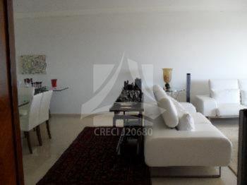 Apartamentos de 3 dormitórios à venda em Jardim Irajá, Ribeirão Preto - SP