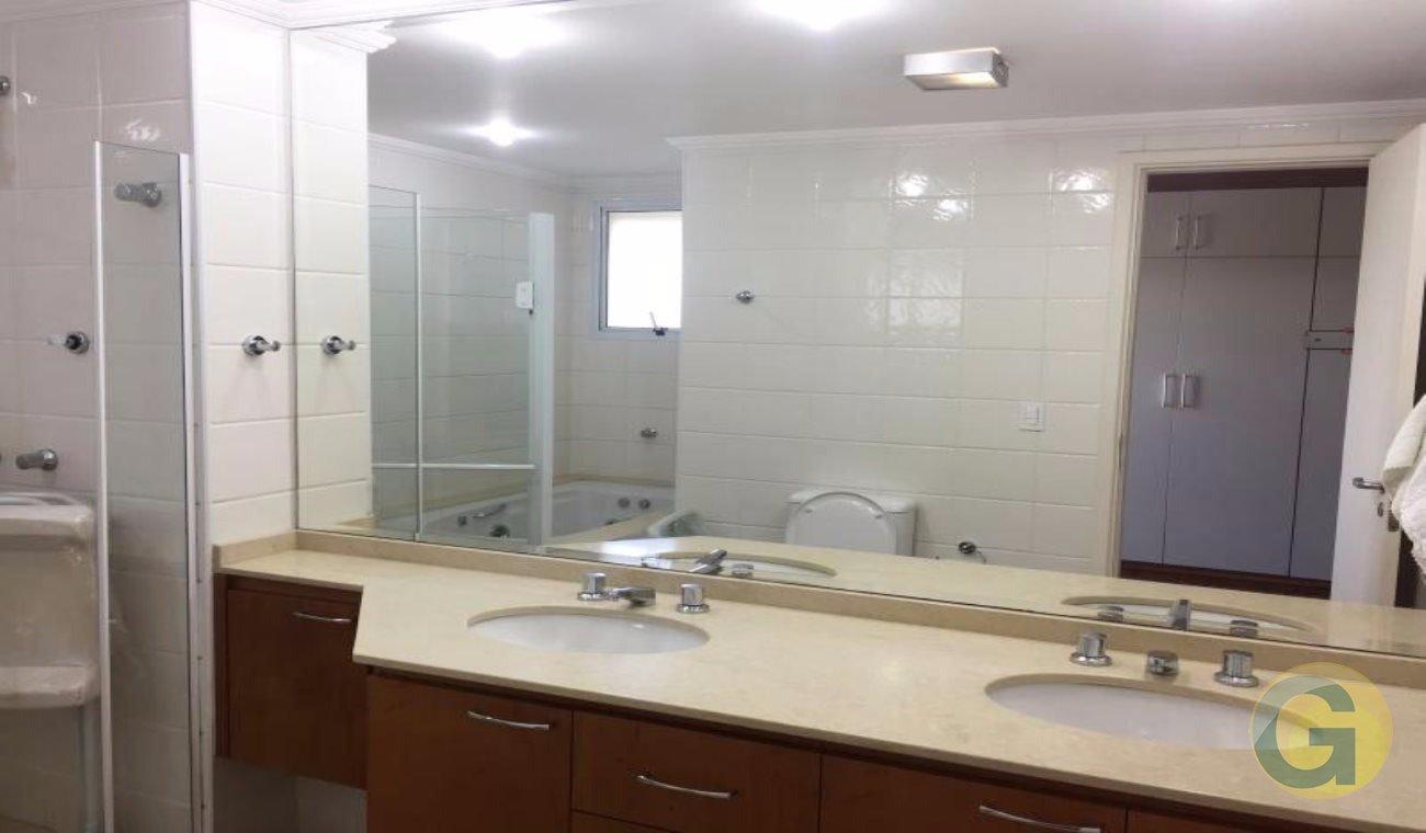 Apartamentos de 4 dormitórios à venda em Alto Da Boa Vista, São Paulo - SP