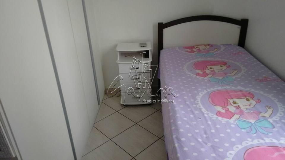 Apartamento para Venda/Locação - Vila Guarará