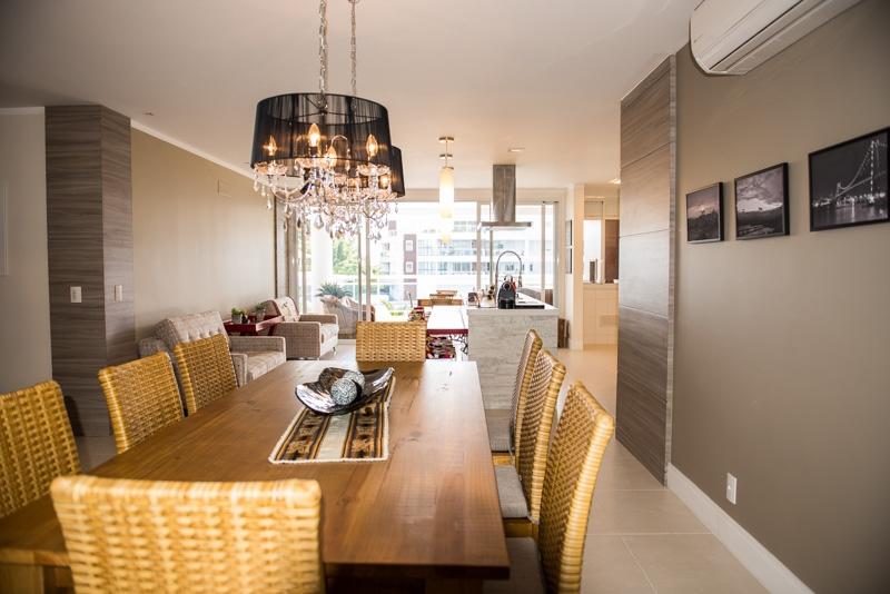 Apartamentos de 4 dormitórios em Cachoeira Do Bom Jesus, Florianopolis - SC