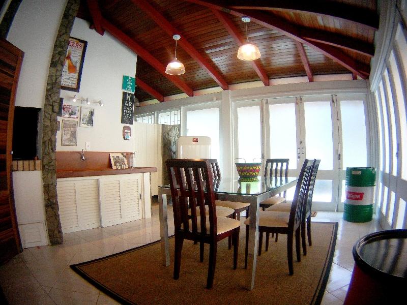 Casa de 3 dormitórios em Jurerê Internacional, Florianopolis - SC