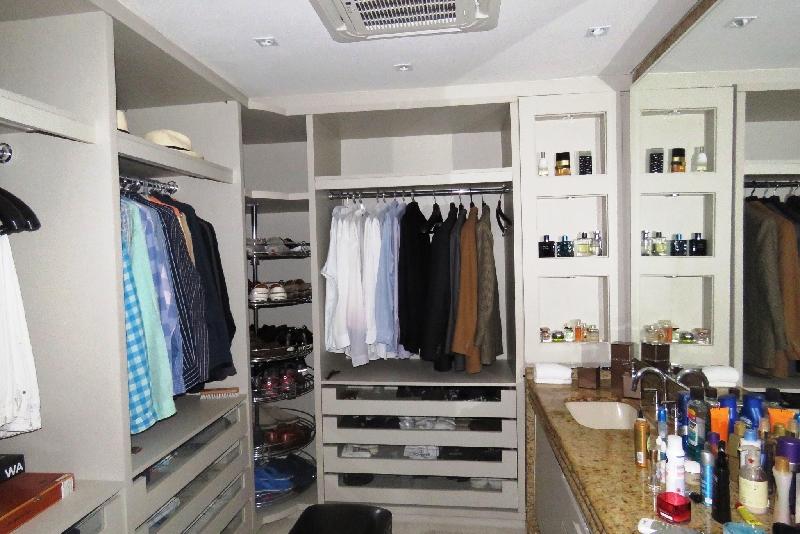 Apartamentos de 3 dormitórios à venda em Beira Mar, Florianopolis - SC