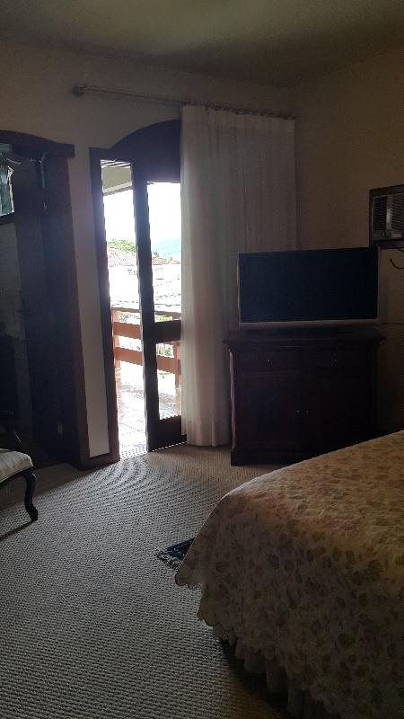 Casa de 4 dormitórios em Itaguacu, Florianopolis - SC