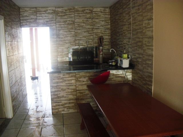 Casa de 3 dormitórios em Carianos, Florianopolis - SC