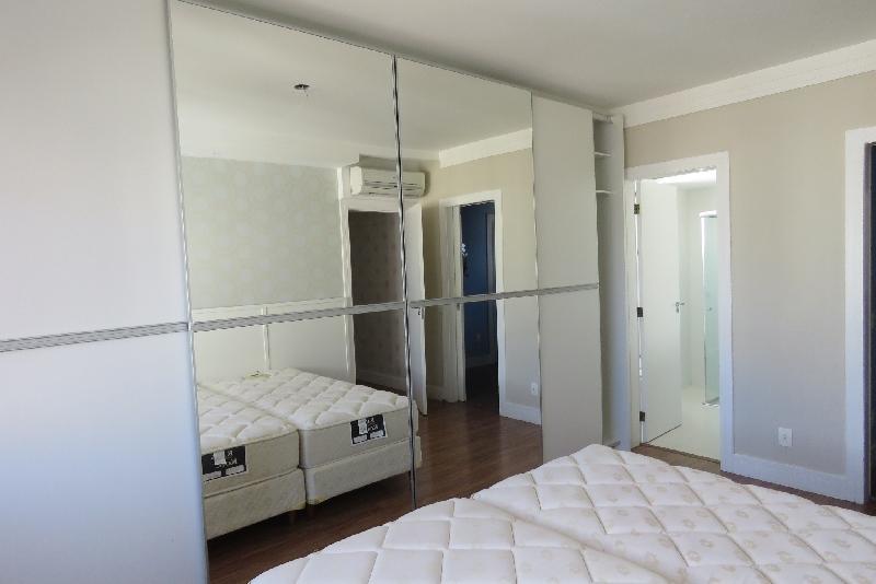 Apartamentos de 2 dormitórios em Agronômica, Florianopolis - SC